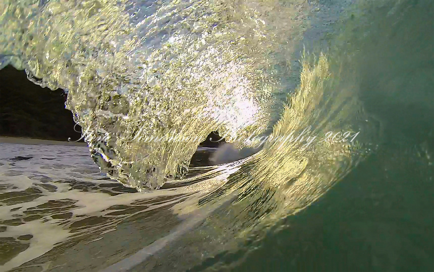 Clear water wave<br /> Caribbean