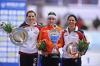 SCHAATSEN: ERFURT: Gunda Niemann Stirnemann Eishalle, 21-03-2015, ISU World Cup Final 2014/2015, Final Podium 1500m Ladies, Heather Richardson (USA), Marrit Leenstra (NED), Brittany Bowe (USA), ©foto Martin de Jong