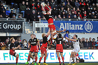Jim Hamilton of Saracens wins the ball at the restart. Aviva Premiership match, between Saracens and Bath Rugby on January 30, 2016 at Allianz Park in London, England. Photo by: Patrick Khachfe / Onside Images