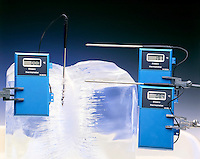 ENDOTHERMIC PROCESS: ICE BLOCK &amp; SURROUNDING AIR<br />
