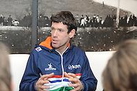 SCHAATSEN: HEERENVEEN: IJsstadion Thialf, 06-02-15, Persbijeenkomst Ireen Wüst, Gianni Romme, ©foto Martin de Jong