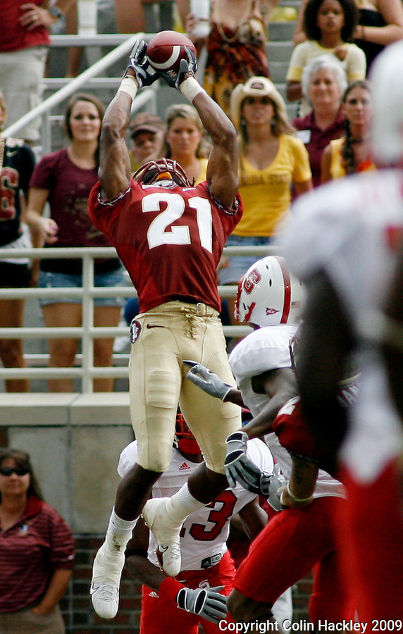 TALLAHASSEE, FL 10/31/09-FSU-NCST FB09 CH53-Florida State's Patrick Robinson intercepts an N.C. State pass in the endzone to ensure the Seminoles win on the final play of the game, Saturday at Doak Campbell Stadium in Tallahassee. The Seminoles beat the Wolf Pack 45-42..COLIN HACKLEY PHOTO