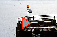 SOLAR PANEL<br /> Solar Powered Navigation Light