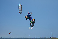 Kiteboarding Triple-S