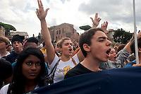 Studenti contro la spending review