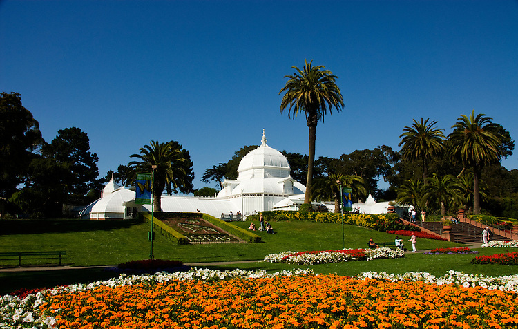 California, San Francisco:  Floral display in front of the Conservatory of Flowers in Golden Gate Park..Photo #: 23-casanf32219.Photo © Lee Foster 2008