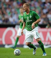 FUSSBALL   1. BUNDESLIGA   SAISON 2011/2012   TESTSPIEL SV Werder Bremen - FC Everton                 02.08.2011 Andreas WOLF (SV Werder Bremen) Einzelaktion am Ball