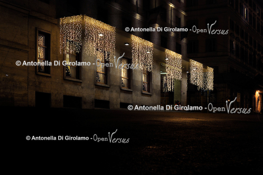 La notte della Vigilia. The night of Christmas Eve.