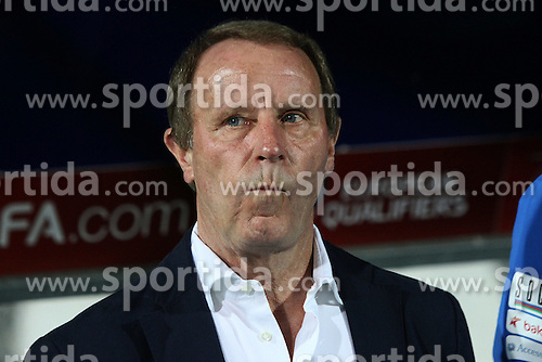 13.10.2014, Stadion Gradski vrt, Osijek, CRO, UEFA Euro Qualifikation, Kroatien vs Aserbaidschan, Gruppe H, im Bild Berti Vogts. // during the UEFA EURO 2016 Qualifier group H match between Croatia and Azerbaijan at the Stadion Gradski vrt in Osijek, Croatia on 2014/10/13. EXPA Pictures &copy; 2014, PhotoCredit: EXPA/ Pixsell/ Marko Mrkonjic<br /> <br /> *****ATTENTION - for AUT, SLO, SUI, SWE, ITA, FRA only*****