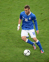 FUSSBALL  EUROPAMEISTERSCHAFT 2012   VORRUNDE Italien - Irland                       18.06.2012 Daniele De Rossi (Italien) Einzelaktion am Ball