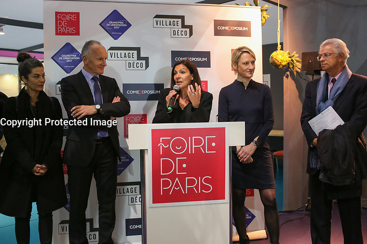 anne hidalgo inaugure la foire de paris agence qu bec presse. Black Bedroom Furniture Sets. Home Design Ideas