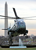 Marine 1, with United States President Barack Obama aboard, arrives on the South Lawn of the White House in Washington, D.C. following the President's quick trip to Cleveland, Ohio to discuss the economy..Credit: Ron Sachs / Pool via CNP