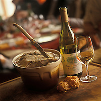 Europe/France/89/Bourgogne/Yonne/Sens: Terrine et chablis  chez Patrick Gauthier au restaurant: Le Crieur de Vin