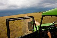 Safari Air Conditon = Open Door in an old LandCruiser - La Reserva Natural Bojonawi - Orinoco River Basin - Colombia - South America