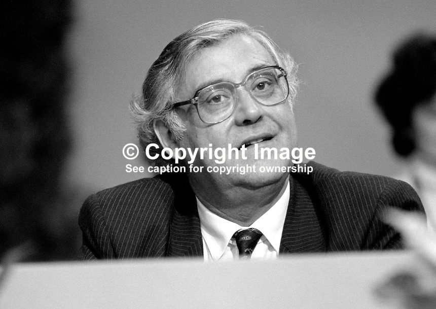 Donald Thompson, MP, Conservative Party, UK, government whip, on platform at annual conference, Brighton. 19840162DT1..Copyright Image from Victor Patterson, 54 Dorchester Park, Belfast, UK, BT9 6RJ..Tel: +44 28 9066 1296.Mob: +44 7802 353836.Voicemail +44 20 8816 7153.Skype: victorpattersonbelfast.Email: victorpatterson@me.com.Email: victorpatterson@ireland.com (back-up)..IMPORTANT: If you wish to use this image or any other of my images please go to www.victorpatterson.com and click on the Terms & Conditions. Then contact me by email or phone with the reference number(s) of the image(s) concerned.