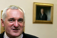 26/9/06 An Taoiseach Bertie Ahern visits Donaghamede shopping centre to open the new constituency office of Martin Brady TD. Picture:Arthur Carron/Collins