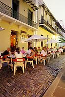 Puerto Rico, San Juan, Outdoor cafe, Calle del Cristo