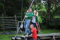 FIERLJEPPEN: IT HEIDENSKIP: 29-06-2016, 1e klasse wedstrijd fierleppen, afgelast wegens regen, Liselotte Veenstra, ©foto Martin de Jong