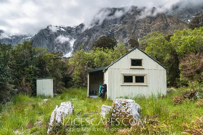 Douglas Hut in Copland Valley, Westland Tai Poutini National Park, UNESCO World Heritage Area, West Coast, New Zealand, NZ