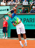 Rafael Nadal (ESP) (2) against Thomaz Belluci (BRA) (24) in the third round of the men's singes. Rafael Nadal beat Thomaz Belluci 6-2 7-5 6-4..Tennis - French Open - Day 9 - Mon 31 May 2010 - Roland Garros - Paris - France..© FREY - AMN Images, 1st Floor, Barry House, 20-22 Worple Road, London. SW19 4DH - Tel: +44 (0) 208 947 0117 - contact@advantagemedianet.com - www.photoshelter.com/c/amnimages
