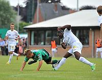 Lichtervelde : Cercle Brugge - KSV Roeselare : duel om de bal tussen Alessio Staelens (links) en Junior Adje Malanda (rechts)<br /> foto VDB / Bart Vandenbroucke