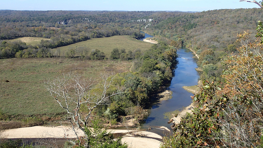 NWA Democrat-Gazette/FLIP PUTTHOFF <br /> A trail that starts at the Tyler Bend visitor center leads    Nov. 1 2016    to overlooks of the Buffalo National River.