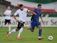FUSSBALL INTERNATIONAL Laenderspiel Freundschaftsspiel U 21   Deutschland - Frankreich     13.08.2013 Emre Can (li, Deutschland) gegen Jordan Veretout (Frankreich)