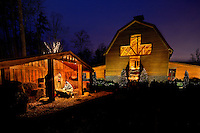 The Billy Graham Library attracts thousands of visitors each December for its annual Christmas at the Library event. Christmas at the Billy Graham Library includes a live Nativity, light displays, horse-drawn carriage rides, Christmas caroling and more.