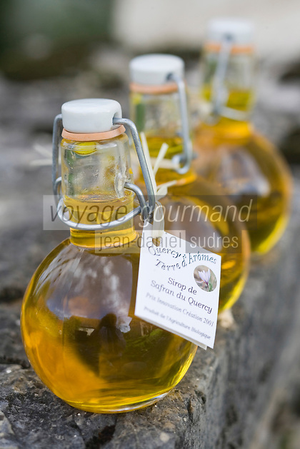 Europe/France/Midi-Pyrénées/46/Lot/Grégols:Sirop  au Safran du Quercy chez Catherine Calvet Les Bories /Grégols // France, Lot, Gregols, Les Bories, at Catherine Calvet's, Saffron Syrup made with Quercy saffron