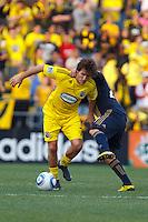 24 OCTOBER 2010:  Columbus Crew midfielder/forward Guillermo Barros Schelotto (7) and Philadelphia Union midfielder Roger Torres (20) during MLS soccer game at Crew Stadium in Columbus, Ohio on August 28, 2010.