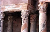 Libia  Sabratha .Citt&agrave;  romana a circa 67km da Tripoli.Teatro Romano,  particolare delle colonne.<br /> Sabratha Libya.Roman city about 67km from Tripoli.Roman Theatre, particular column.