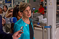 Roma 4 Giugno 2015<br /> Il presidente della Repubblica del Cile Michelle Bachelet in visita ufficiale a Roma.<br /> Isabel Allende Bussi, figlia del presidente Salvador Allende, presidente del Senato cileno.<br /> Rome June 4, 2015<br /> The President of Chile Michelle Bachelet on an official visit to Rome.<br /> Isabel Allende Bussi, daughter of former president of Chile Salvador Allende, President of the Chilean Senate.