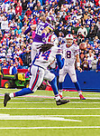 19 October 2014: Buffalo Bills quarterback Kyle Orton completes a pass to wide receiver Sammy Watkins during the game-winning drive in the fourth quarter against the Minnesota Vikings at Ralph Wilson Stadium in Orchard Park, NY. The Bills defeated the Vikings 17-16 in a dramatic, last minute, comeback touchdown drive. Mandatory Credit: Ed Wolfstein Photo *** RAW (NEF) Image File Available ***