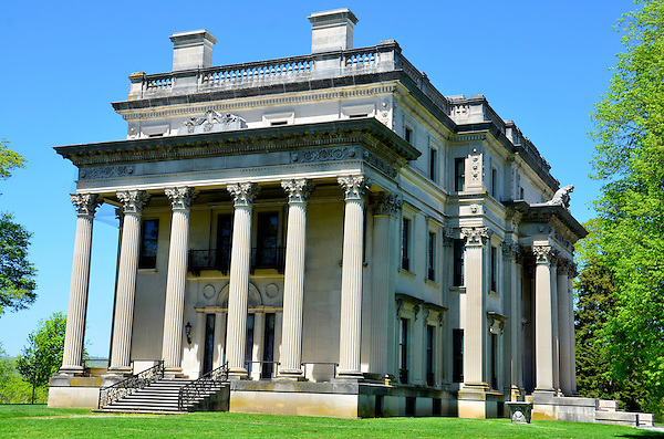 Frederick vanderbilt mansion national historic site in for Old new york mansions