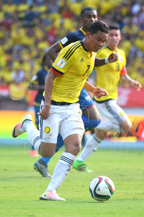 BARRANQUILLA - COLOMBIA -29-03-2016: Carlos Bacca en acción durante partido con Ecuador de la fecha 6 para la clasificación sudamericana a la Copa Mundial de la FIFA Rusia 2018 jugado en el estadio Metropolitano Roberto Melendez en Barranquilla./  Carlos Bacca player of Colombia in action during match against Ecuador of the date 6 for the qualifier to FIFA World Cup Russia 2018 played at Metropolitan stadium Roberto Melendez in Barranquilla. Photo: VizzorImage / Alfonso Cervantes / Cont