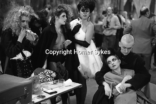 ALTERNATIVE MISS WORLD COMPETITION OLYMPIA WEST LONDON. ENGLAND 1981. <br /> Luciana Martinez (centre-white fur, co-host of Alt Miss World and Princess Julia (bottom right,with coat)