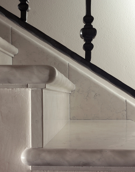 Lucido Bianco Antico Stairs Treads.<br /> *Special order material. Not kept in stock.  Please allow 16 weeks for delivery
