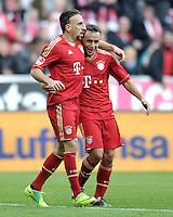 FUSSBALL   1. BUNDESLIGA  SAISON 2011/2012   11. Spieltag FC Bayern Muenchen - FC Nuernberg        29.10.2011 Jubel nach dem Tor zum 3:0,  Franck Ribery , Rafinha (v. li., FC Bayern Muenchen)