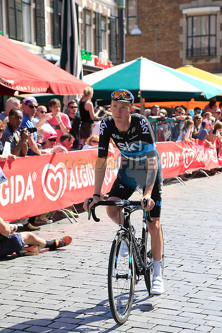 Ian Boswell (USA) Team Sky arrives at sign on before the start of Stage 3 of the 2016 Giro d'Italia running 190km from Nijmegen to Arnhem, The Nethrerlands. 8th May 2016.<br /> Picture: Eoin Clarke | Newsfile<br /> <br /> <br /> All photos usage must carry mandatory copyright credit (&copy; Newsfile | Eoin Clarke)