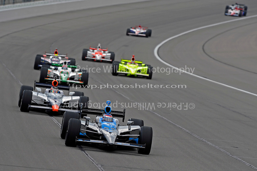25-26 April, 2009, Kansas City, Kansas, USA.Danica Patrick (#7) leads a pack..©F. Peirce Williams 2009 USA.