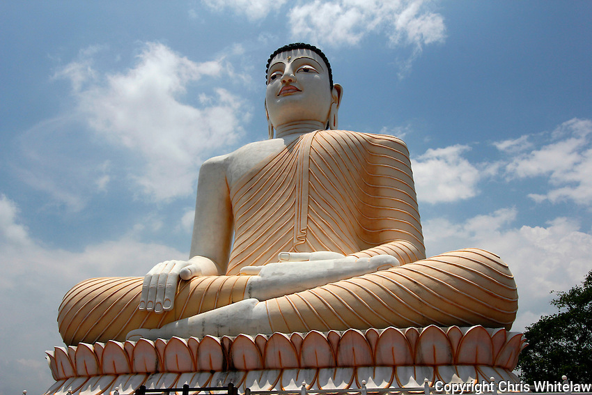 Seated Buddha statue (enlightenment pose), Gangatilaka Vihara, Kalutara, Sri Lanka