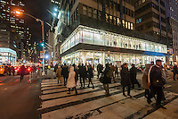 The new TopShop store  in Midtown Manhattan on Tuesday, December 9, 2014. Only 15 more shopping days until Christmas. (© Richard B. Levine)