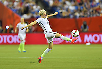 Montreal, Canada - Tuesday, June 30, 2015: The USWNT play Germany in Semi-final action during FIFA Women's World Cup 2015 at Olympic Stadium.
