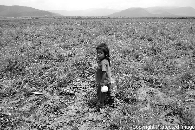 Ninos indigenas migrantes en la region del Valle del Mezquital en el estado de Hidalgo. Photo by CGEIB/ Heriberto Rodriguez