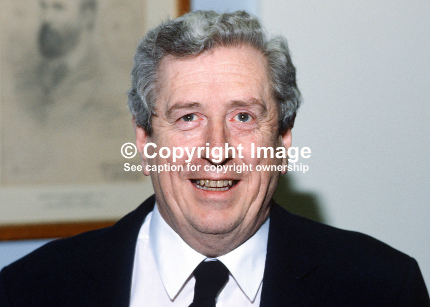 Garret Fitzgerald, Prime Minister, an Taoiseach, Rep of Ireland, 19850023GF..Copyright Image from Victor Patterson, 54 Dorchester Park, Belfast, UK, BT9 6RJ..Tel: +44 28 9066 1296.Mob: +44 7802 353836.Voicemail +44 20 8816 7153.Skype: victorpattersonbelfast.Email: victorpatterson@mac.com.Email: victorpatterson@ireland.com (back-up)..IMPORTANT: If you wish to use this image or any other of my images please go to www.victorpatterson.com and click on the Terms & Conditions. Then contact me by email or phone with the reference number(s) of the image(s) concerned.