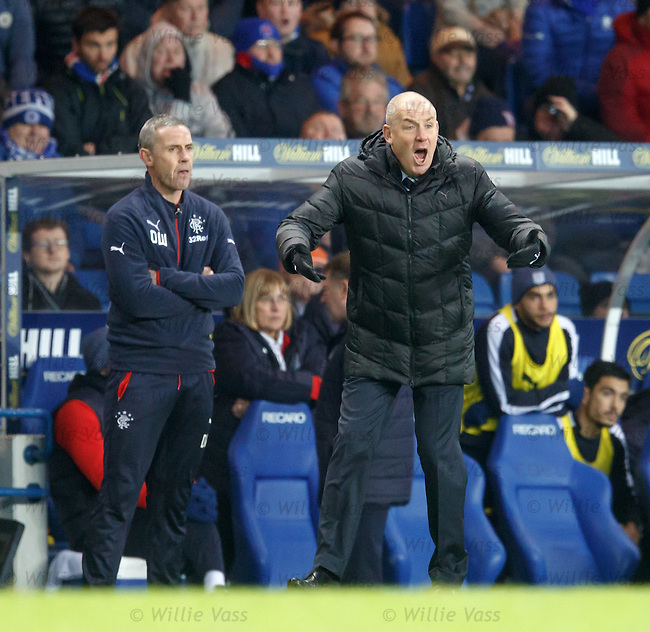 Rangers manager Mark Warburton urges his team on as the clock ticks down
