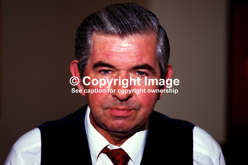 Pacal Bourke, Dublin, Rep of Ireland, snooker player, professonal, 19870511PB..Copyright Image from Victor Patterson, 54 Dorchester Park, Belfast, UK, BT9 6RJ..Tel: +44 28 9066 1296.Mob: +44 7802 353836.Voicemail +44 20 8816 7153.Skype: victorpattersonbelfast.Email: victorpatterson@me.com.Email: victorpatterson@ireland.com (back-up)..IMPORTANT: If you wish to use this image or any other of my images please go to www.victorpatterson.com and click on the Terms & Conditions. Then contact me by email or phone with the reference number(s) of the image(s) concerned.
