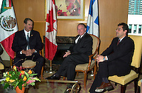 Montreal, April 20, 2001<br /> The President of the United Mexican States ; His Excellency Vincente Fox Quesada (left) pose for photographers with Quebec Premier, the Honorable Bernard Landry,and Gilles Baril ; Quebec Minister of Industry and Comerce,  April 20, 2001 in Montreal, CANADA.<br /> President Fox will attend the Quebec Summit of the Americas lopening today.<br /> Photo : Pierre Roussel / Liaison<br /> NOTE :  Incorrected D-1 JPEG