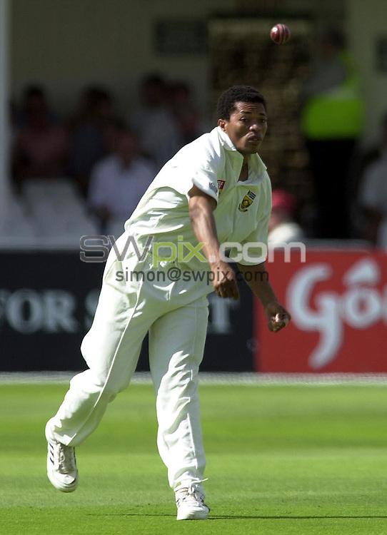 Pix: Matthew Lewis/SWpix.com. International Cricket. Third NPower Test. England v South Africa, Trent Bridge. 14/08/03..COPYRIGHT PICTURE>>SIMON WILKINSON>>0870 092 0092>>..South Africa's Makhaya Ntini.