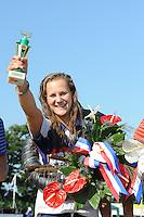 FIERLJEPPEN: VLIST: 22-08-2015, NK Fierljeppen/Polstokverspringen, Klaske Nauta won bij de dames met een finalesprong van 16. 31m, ©foto Martin de Jong